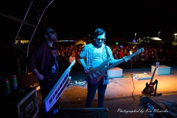 fowkes matt close bass debut